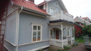 Bild före projektet. Målning av hus i Gränna, BRF