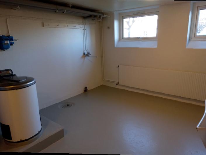 Målning tvättstuga golv väggar och tak BRF Jönköping år 2020