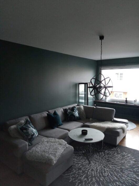 Målning av vardagsrum, bild efter