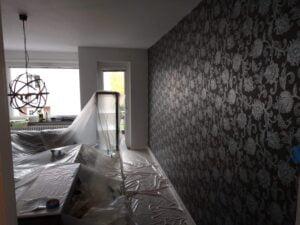 Målning av vardagsrum, bild före