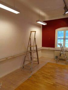 Förebild målning av väggar kontor övervåning Digtory